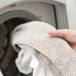 """タオルがグレーに…""""逆汚染""""防ぐ正しいお洗濯とは。"""