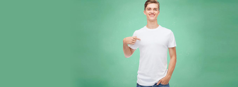 白いシャツをいつまでも白く着られる洗濯方法って?
