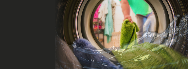 洗濯物の生乾き臭、実は原因は洗濯機にアリ⁈
